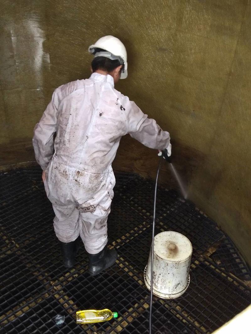 ให้บริการล้างภายในถัง-Wet-Scrubber